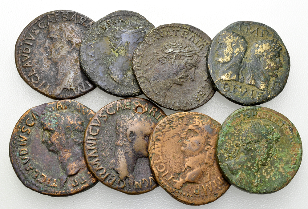 Lot of 8 Roman imperial middle bronzes
